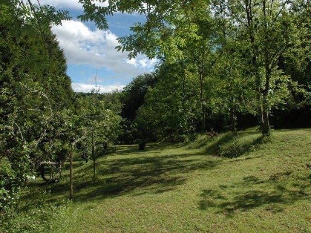 Camping et Chalets La Pomarede