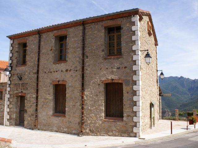Mairie de Montbolo